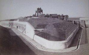 Fæstnings-ordbog, Stormgitter