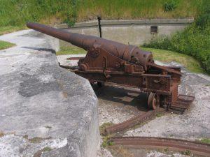 15 cm. kanon i kasemataffutage