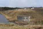 Lynæs Fort, gravflanke